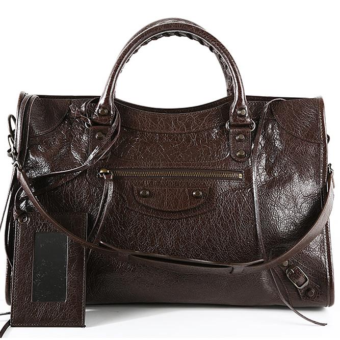 バレンシアガの女性のバッグ